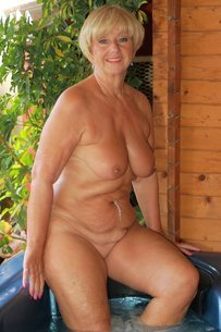 62 yr old mature still throating bbcs - 1 part 6