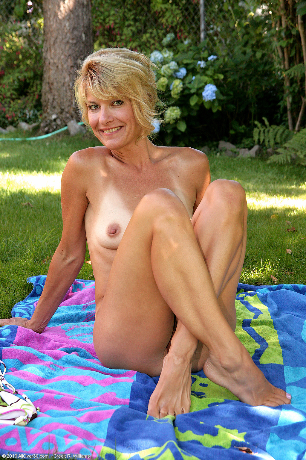 from Marlon old women nude group