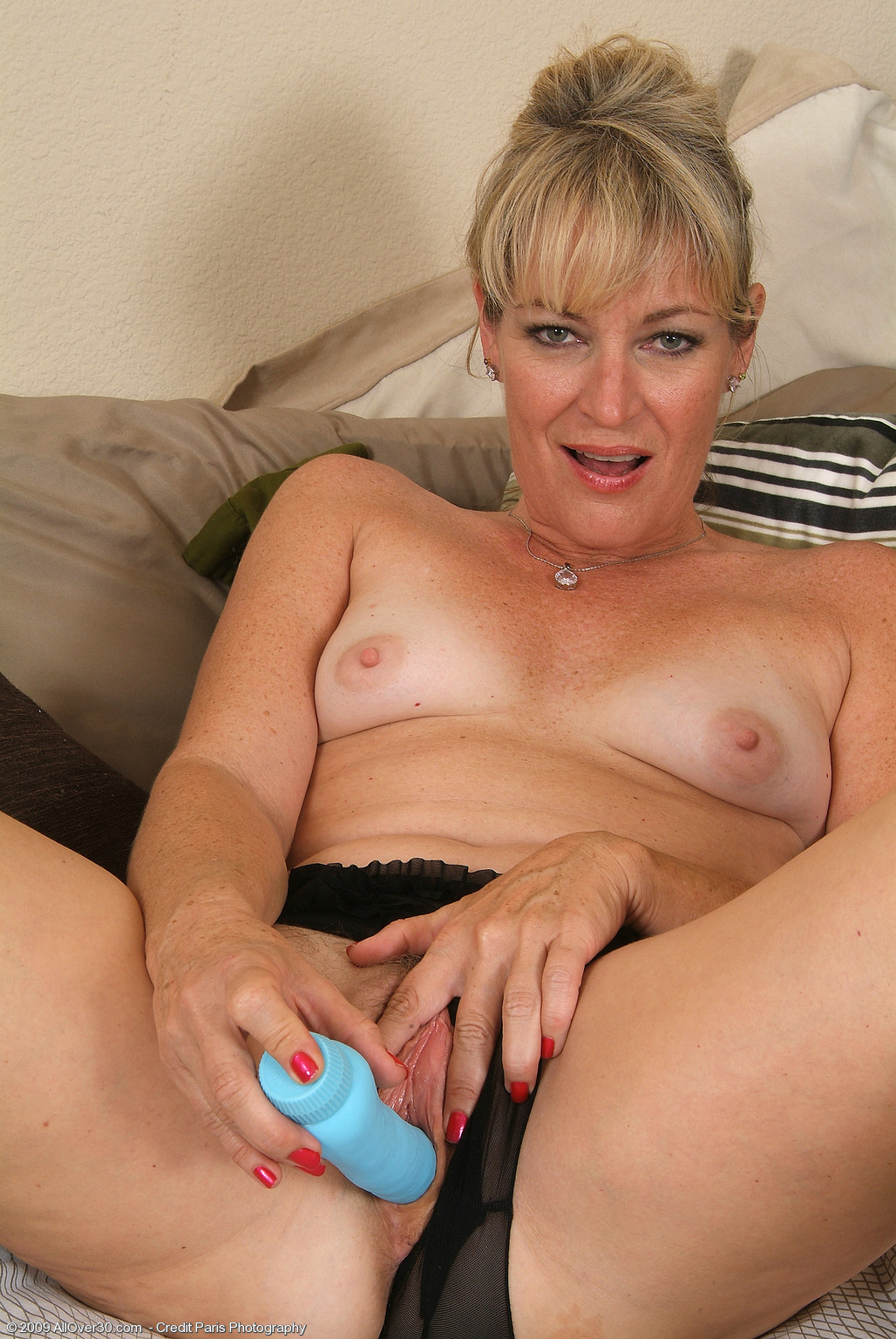 Blonde 40 year old milf