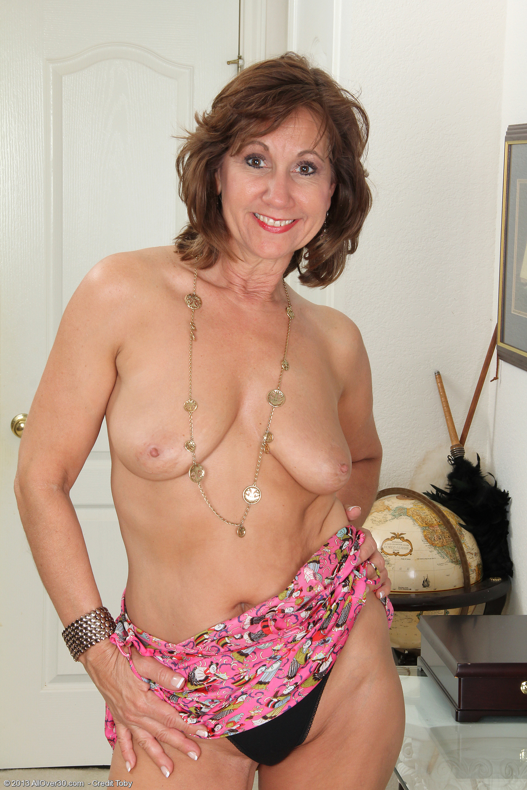 53 Year Old Lynn - Exclusive Milf Pictures From Allover30Com-2368