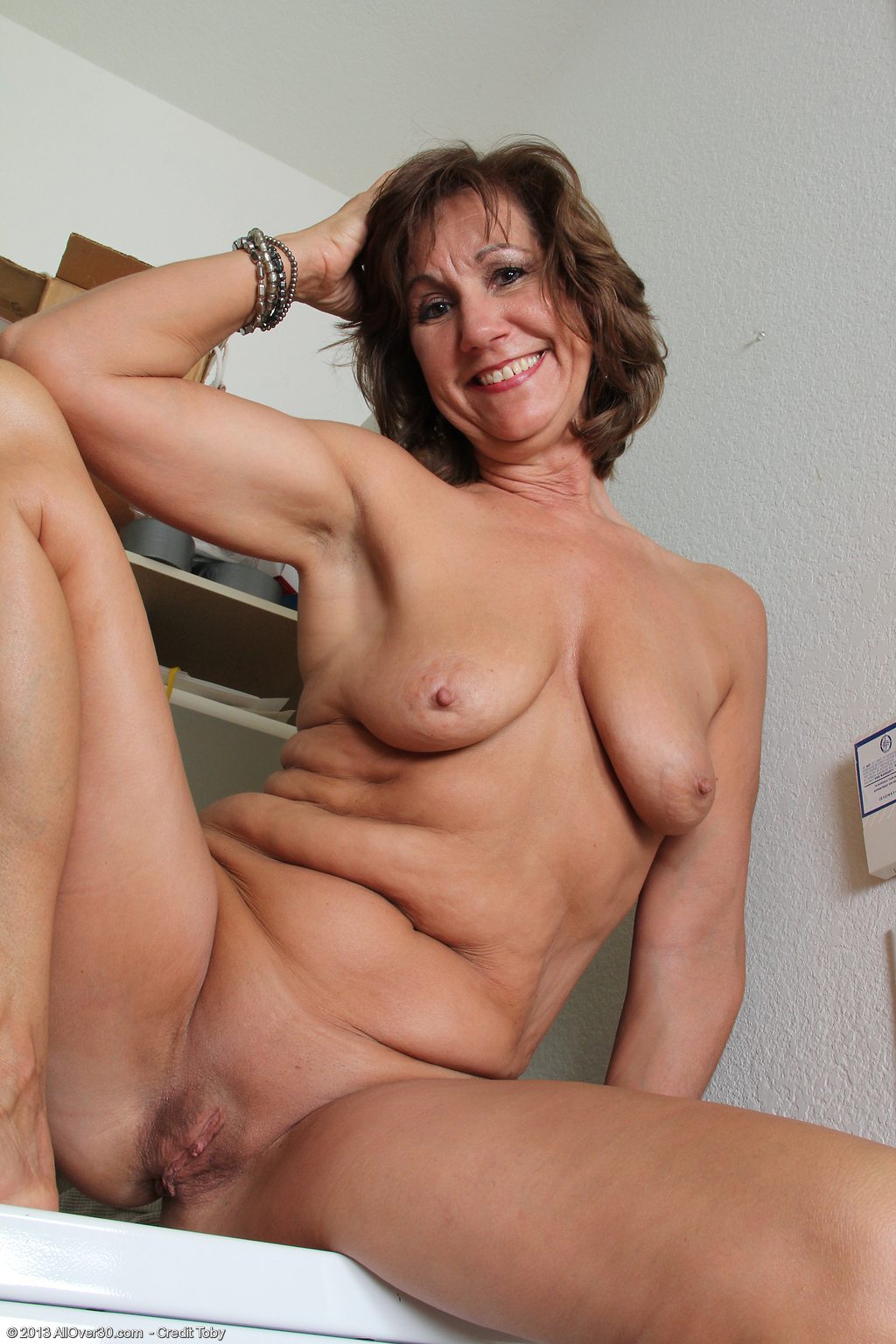 53 Year Old Lynn - Exclusive Milf Pictures From Allover30Com-2571